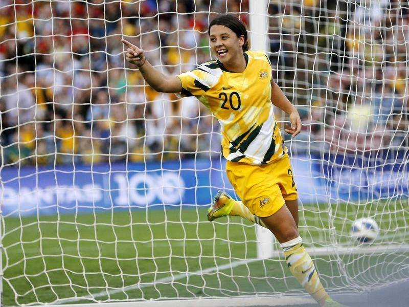 Sam Kerr looks set to win a league title with Chelsea despite the season ending early.
